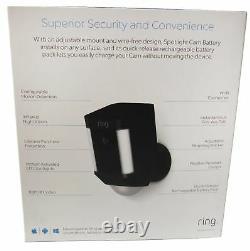Ring Spotlight Cam Hd Security Camera Avec 1080p Hd Video & Two-way Audio, Noir